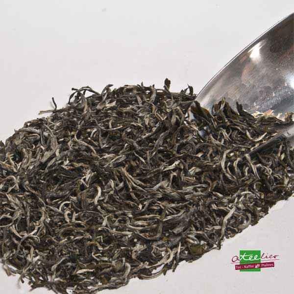 """Weisser Tee """"Silver Yunnan"""", Frühling"""